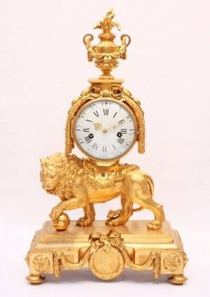 Large French Ormolu Louis XVI Lion Mantel Clock 1770