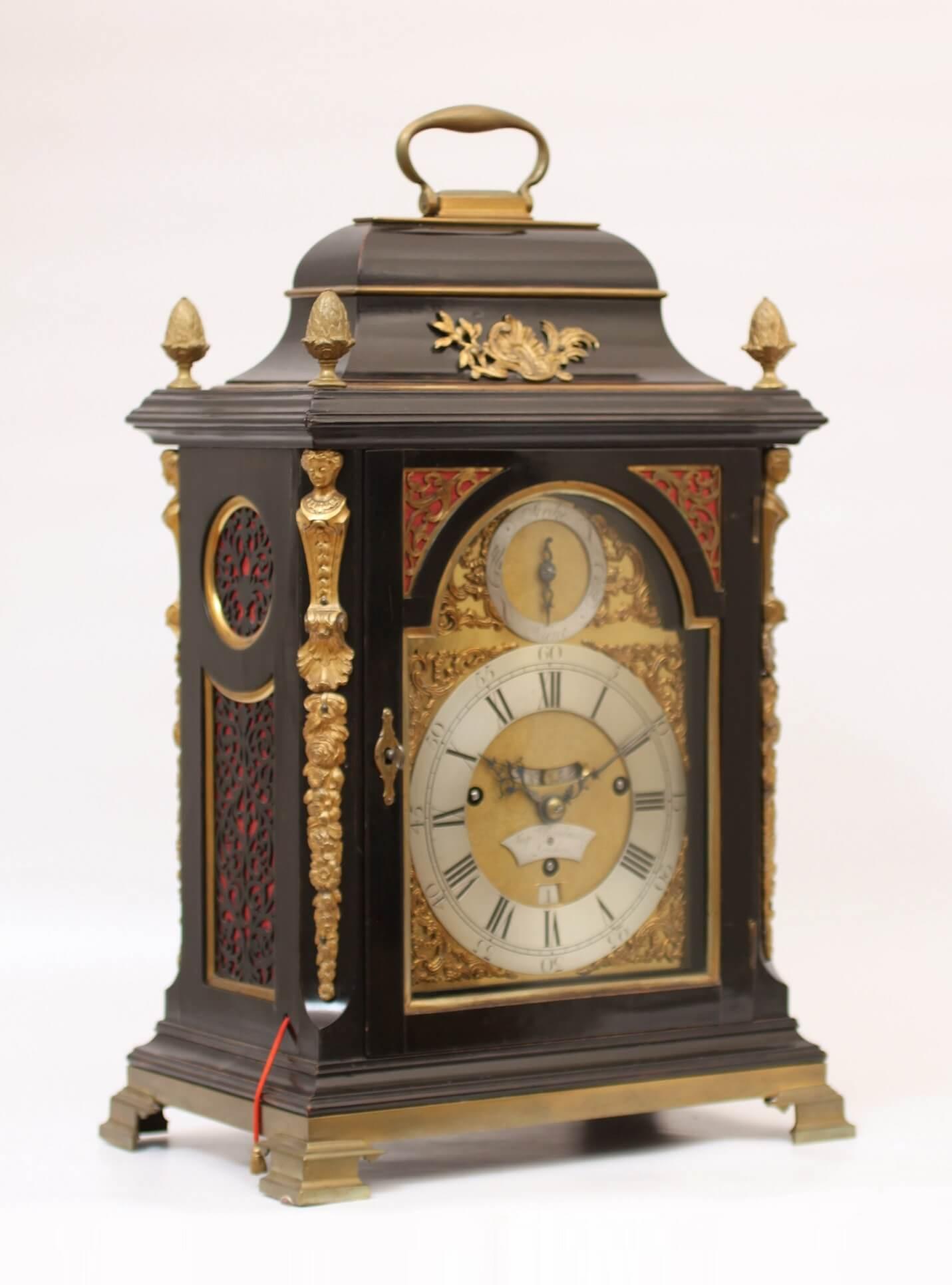 Engels-Tafelklok-Rimabault-antieke-klok-18de-eeuw2