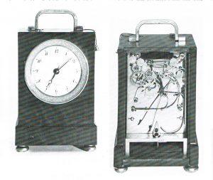 e-4-houten-pendule-dofficier-klein