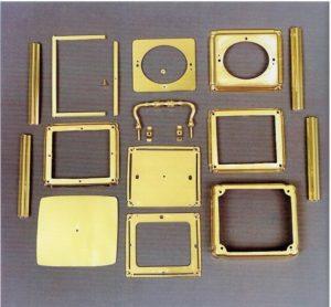 g-4-corniche-kast-in-onderdelen-klein