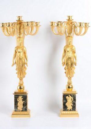 Een Paar Grote Franse Empire Verguld Bronzen Sculpturale 7-lichts Candelabra, Circa 1810