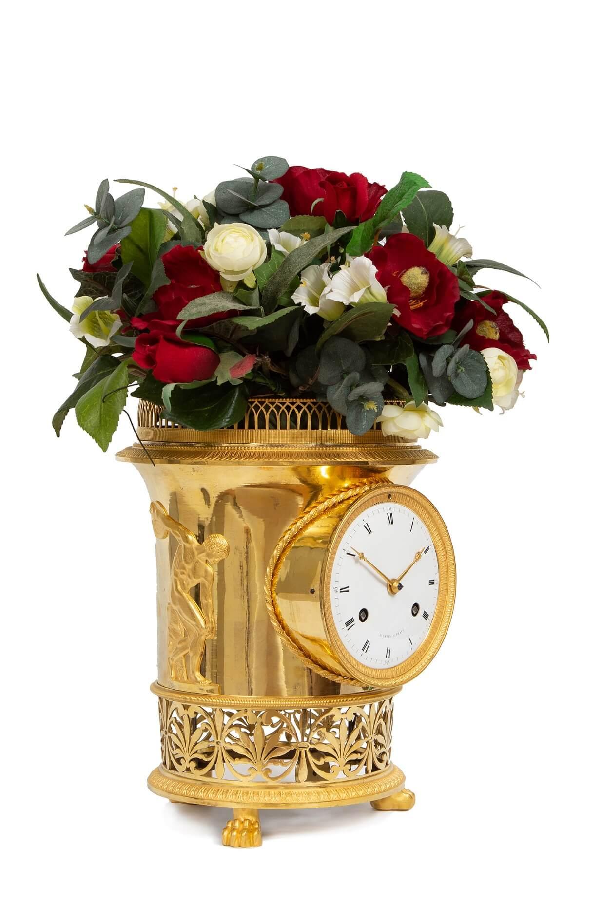 French-gilt-bronze-ormolu-urn-mantel-antique-clock-Empire