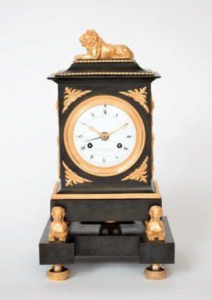 French-Empire-bronze-ormolu-gilt-patinated-mantel-antique-clock-sfinx-lion-trouvarelles-Paris