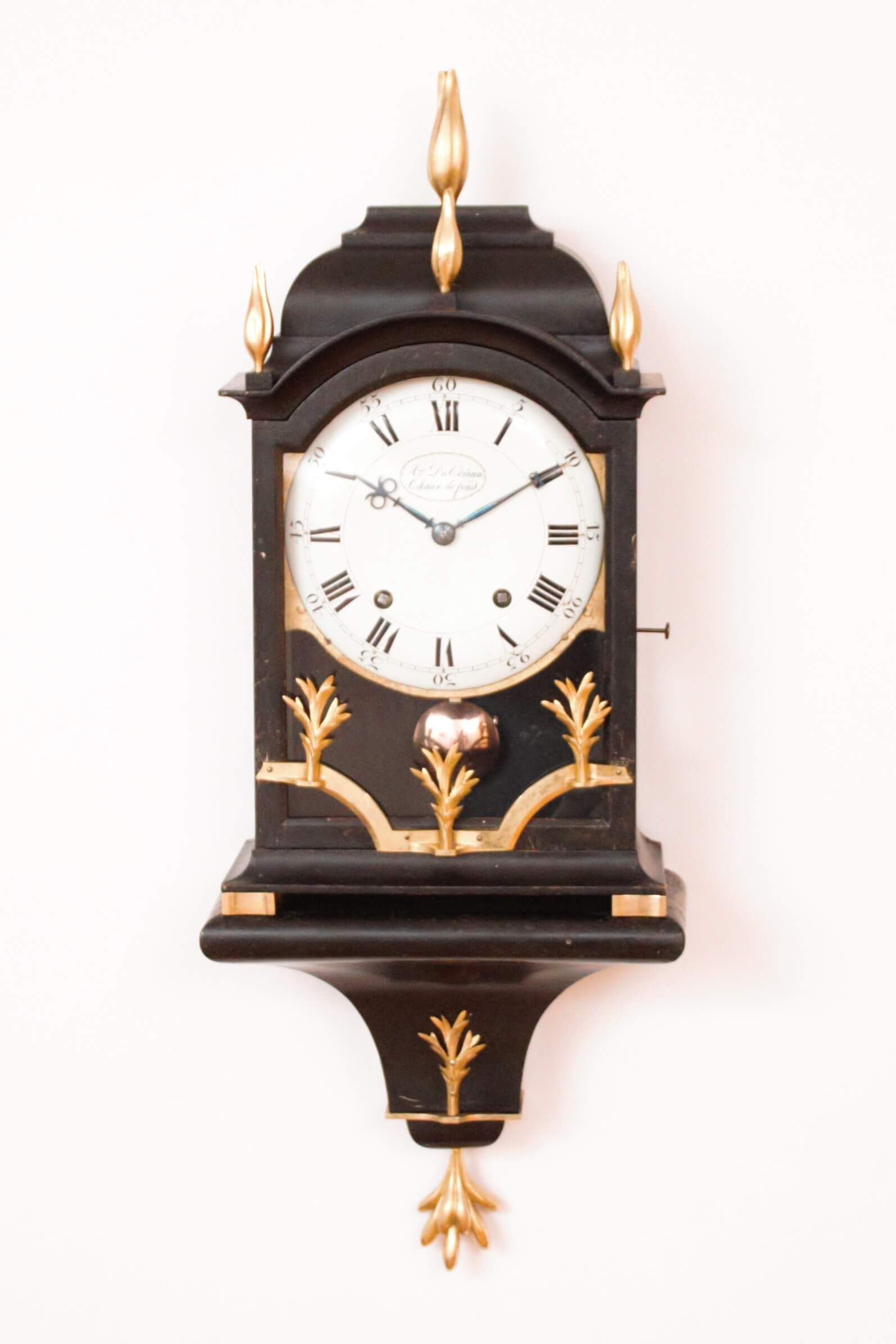 Swiss-Neuchatel-Chaux De Fond-quarter-striking-antique-bracket-clock-console-DuComun