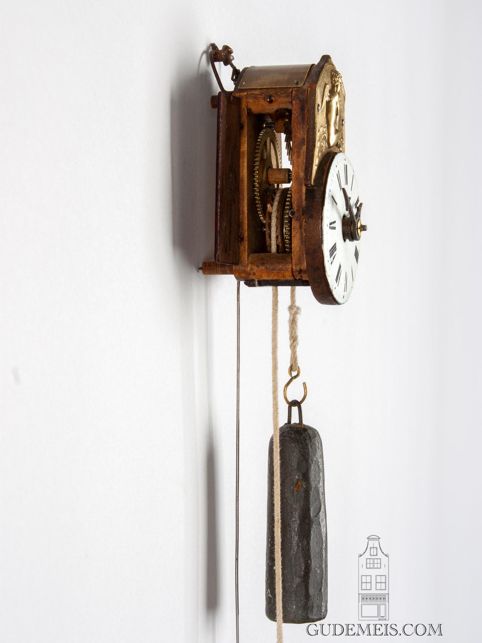 German-Schwarzwald-Black-Forest-miniature-wood-sorg-wall-clock-neustadt
